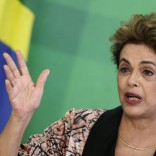 Brazil's President Dilma Rousseff gestures during a news conference for foreign journalists at Planalto Palace in Brasilia, Brazil April 19, 2016. REUTERS/Ueslei Marcelino