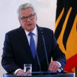 German President Joachim Gauck gives a press statement at the presidential residence Bellevue Palace in Berlin, Germany, June 6, 2016.     REUTERS/Hannibal Hanschke