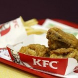 Pieces of fried chicken are pictured at a KFC restaurant in Beijing, February 26, 2013.   REUTERS/Kim Kyung-Hoon