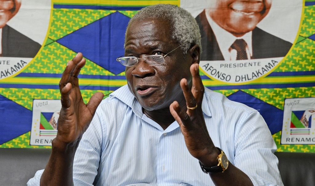 Afonso Dhlakama comments on the lack of assistance to refugees