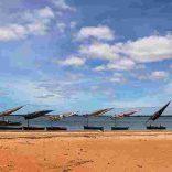 mozambique_Inhambane_boats-moored.jpg.pagespeed.ce.1Fv8RrVvj4 (1)
