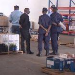 Alfândegas_de_Moçambique_apreendem_3_mil_caixas_de_bebidas_e_tabaco
