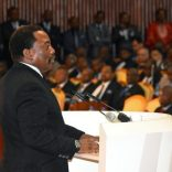 Democratic Republic of Congo's President Joseph Kabila addresses the nation at Palais du Peuple in Kinshasa, Democratic Republic of Congo April 5, 2017. REUTERS/Kenny Katombe/Files