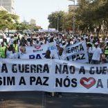 peace.demonstrators.maputo