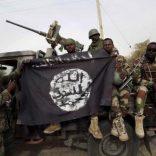 Nigerian_soldiers_Boko_Haram_flag_400x300