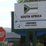 Lebombo_border_post_400x300_Guy_Martin